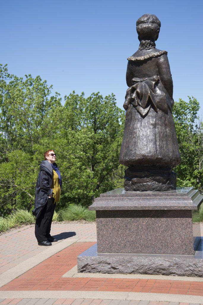 Statue of Julia Grant