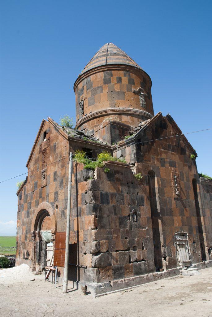 Bayraktar - Kizil Kilise