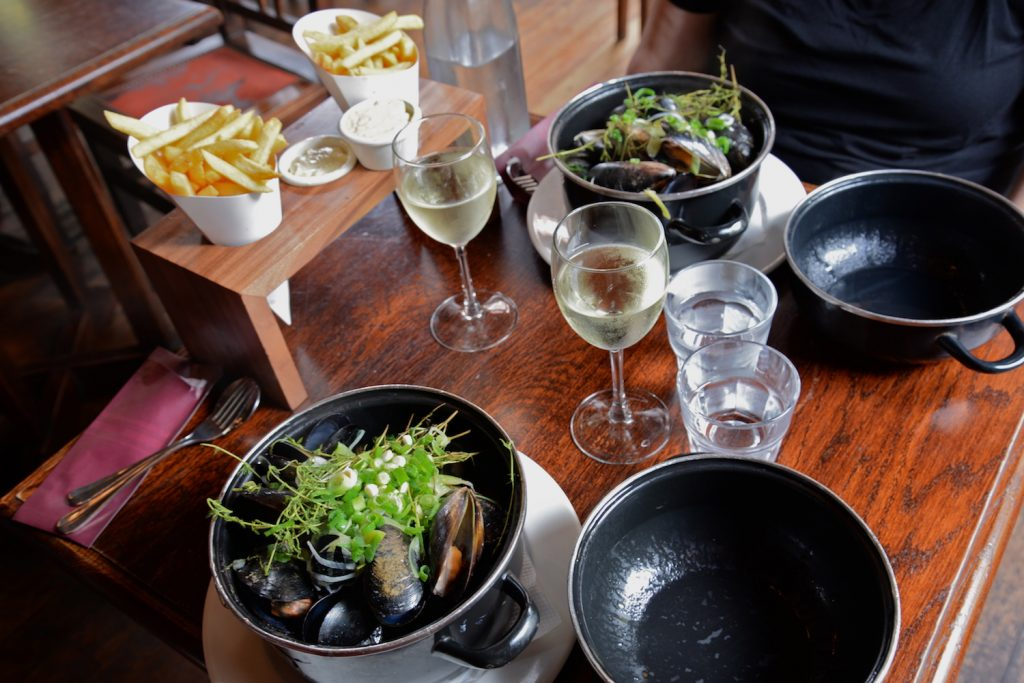 Moules-Frites at Café Oustende